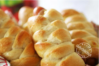 Sausage+Cheese+Rolls_10