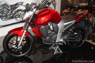 yzf series, yzf, r1, r15, mt01, honda, bajaj motors, super bikes, sporty bikes