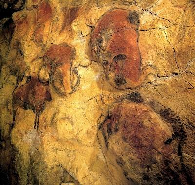 Diz-se que as pinturas dessa caverna foram descobertas por acaso por um  senhor e sua filha que estavam explorando as cavernas em 1869 501e308102a01