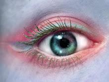 O amor não se vê com os olhos mas com o coração.