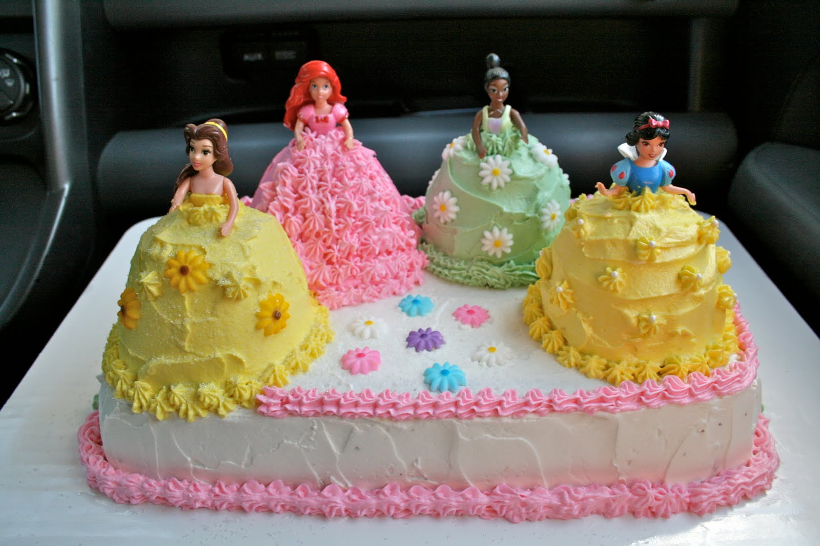 How To Make Proncess Cake Decorations