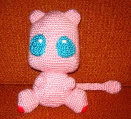 LWC Crochet Pokemon Inspired Mew Plush | Pokemon, Amigurumi, Irlandesa | 240x264