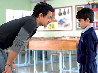 Aamir goes Behind the Camera, makes Directorial Debut
