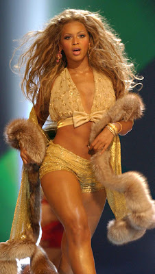 Beyonce Knowles to attend Grammy Awards despite writers' strike