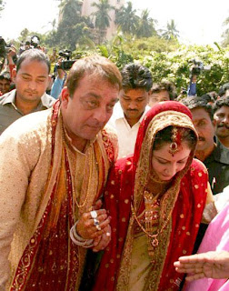 Sanjay Dutt cancels his Marriage with Manyata
