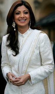 Shilpa Shetty raises 63,000 pounds for Silver Star Appeal