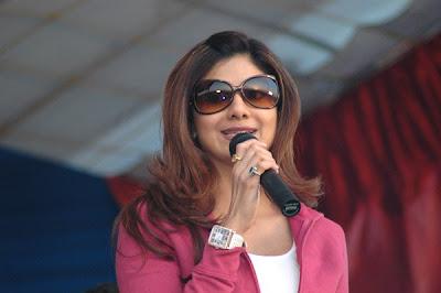 Shilpa Shetty goes to Bigg Boss