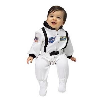 Gambar anak astronaut Dr. Sheikh Muszaphar dan Dr Halina