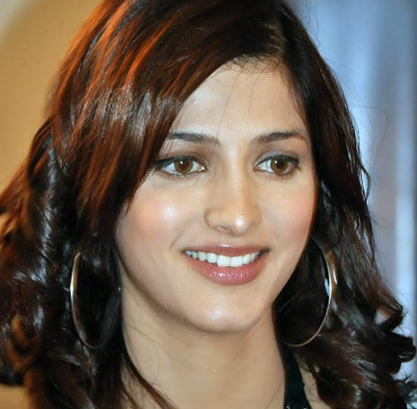 Artis Bugil Bollywood