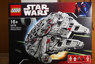 LEGO: 10179 Ultimate Collector's Millennium Falcon (その1)