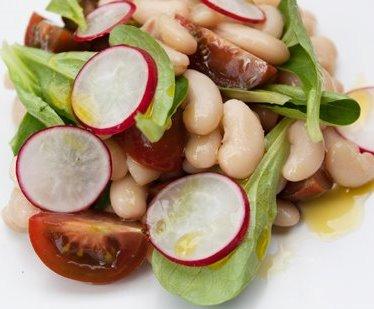 Ensalada agridulce de pepino y cacahuetes