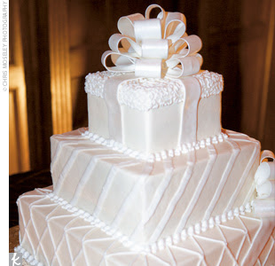 Simply Perfect Weddings Blog Pittsburgh Wedding Inspiration For - Present Wedding Cake