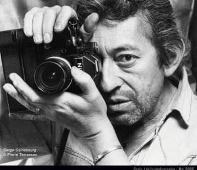 Technique du portrait, évolution étape par étape du portrait de Serge Gainsbourg à la mine graphite