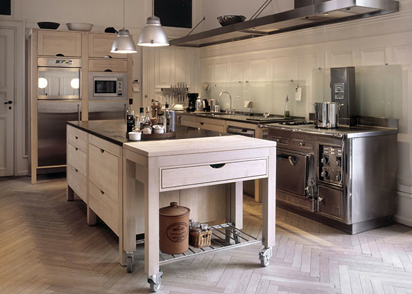 Style and Design : Free standing kitchens