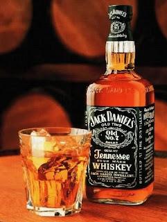 Para los que sí, somos unos borrachuzas Jack_Daniels_Whiskey
