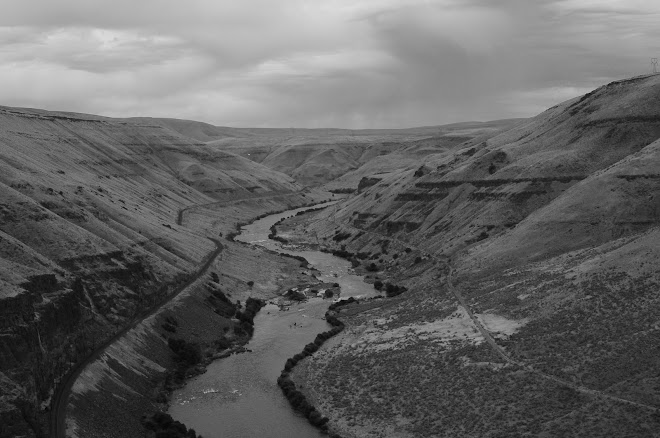 Deschutes River Canyon and impending storm system near Moody, Oregon