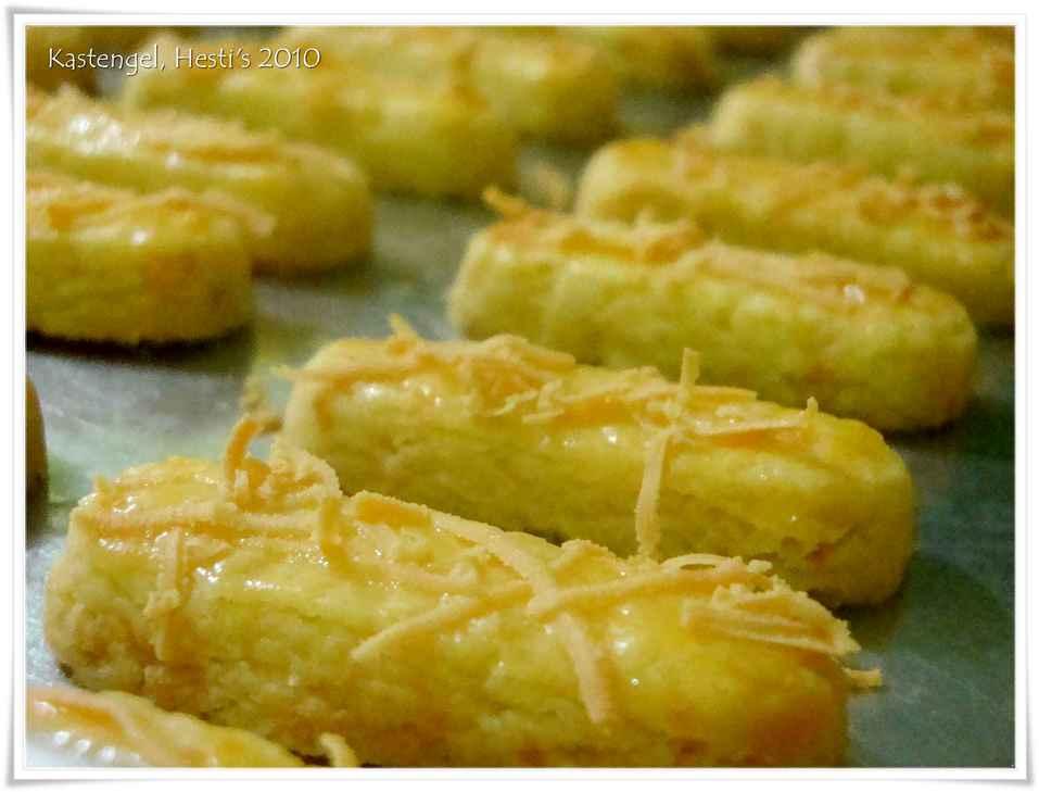Resep Kue Bantal Ncc: HESTI'S KITCHEN : Yummy For Your Tummy: Kastengel