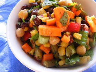 Moms black bean salad