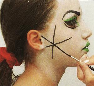 avec pitchoun maquillage pour halloween m chante sorci re brrrrr. Black Bedroom Furniture Sets. Home Design Ideas
