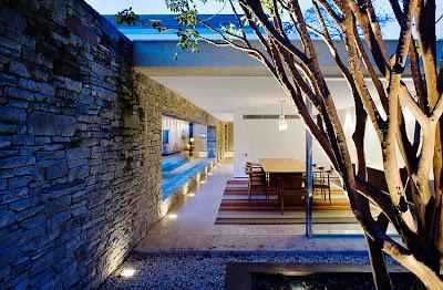Modern Residential Design: Marcio Kogan - Mirindiba House