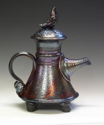 http://1.bp.blogspot.com/_j6pSqvY6cd0/SPp_-JGgrMI /AAAAAAAAAd4/cFBE0r0dDTo/s400/Raku+Teapot+1E.jpg