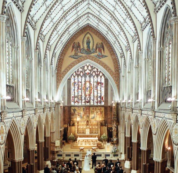 Www Mayfair: Admiral Cod: Farm Street Church Mayfair