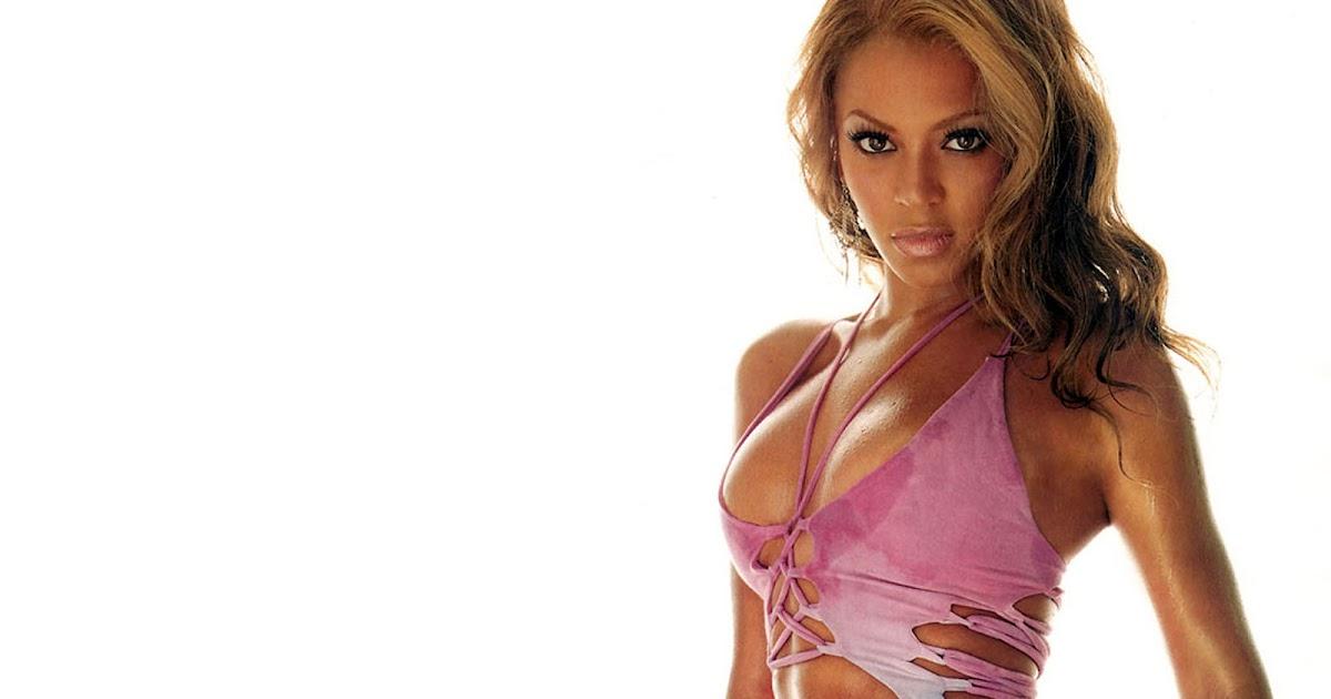 Beyonce Knowles Pussy Slip 91