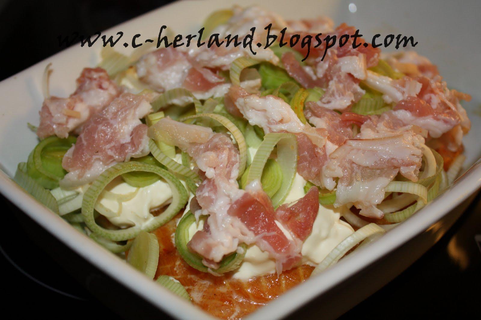 LCHF - Lavkarbo verden: Lavkarbo laks i ovn med cream fraishe, purre og bacon.