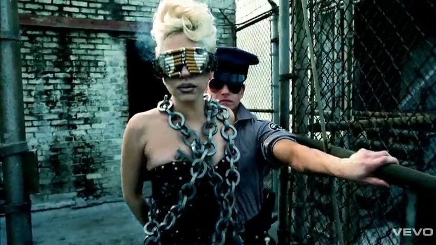 Lady+Gaga+Cigarette+Sunglasses+Telephone