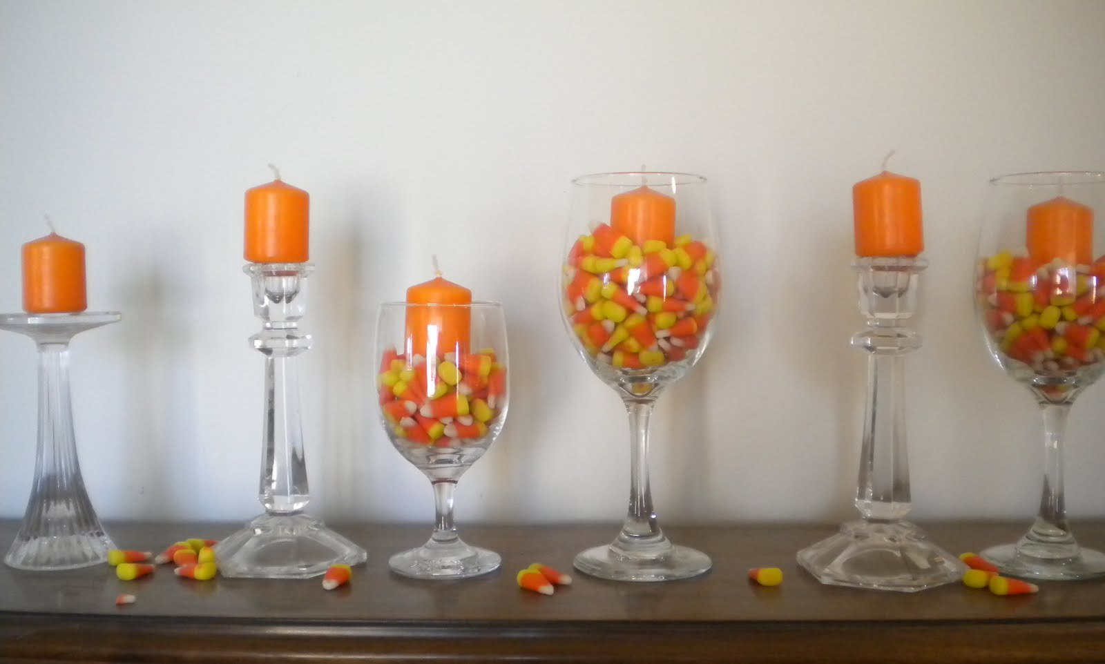 poppies at play super easy halloween centerpieces. Black Bedroom Furniture Sets. Home Design Ideas