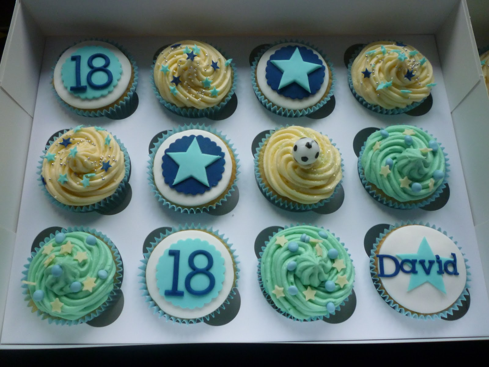 63b266da5ec140 Cupcakes were the order of the day for an 18th Birthday. Blue and football  themed