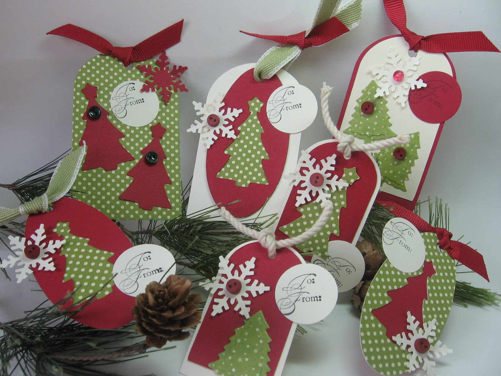 Christmas Tags: Stamping Up North With Laurie: Cricut Christmas Tree Tags