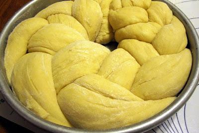 Happy Go Marni No Knead Round Challah Perfect For Rosh
