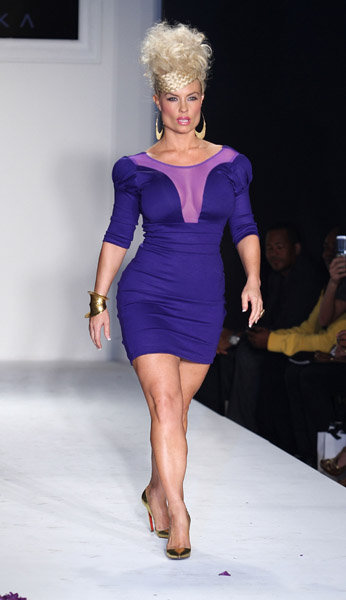 The Real Twins of NYC: Kelly Osbourne as Coco on the ...Kelly Osbourne Ass