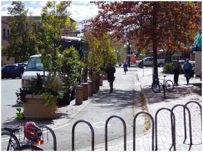 Image of bike lane in downtown Boulder, Colorago