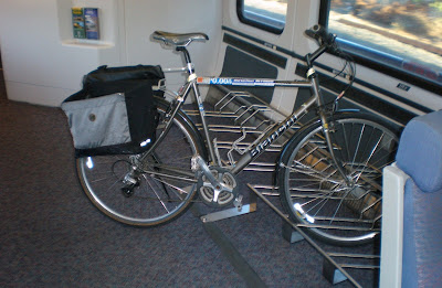 Image of bicycle rack on Amtrak Capitol Corridor