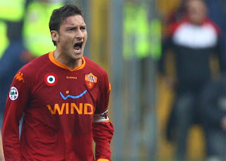 Totti Wants To End Career At Steaua Bucharest