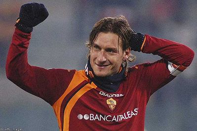 Totti refuses to clear air with Poulsen