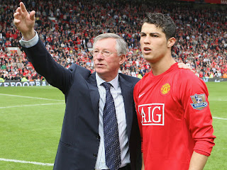 Ronaldo will stay at United, says Ferguson