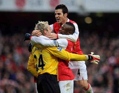 EPL: Francesc Fabregas , William Gallas and Manuel Almunia, Arsenal