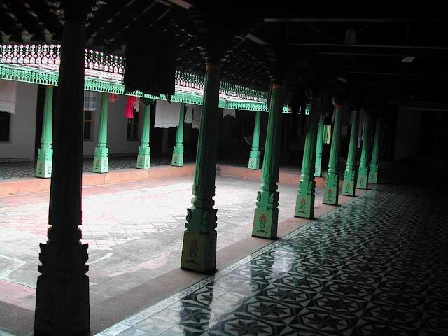 Rang Decor Interior Ideas Predominantly Indian The