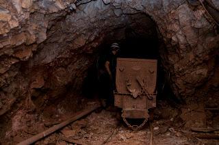 Πολύ καλοδιατηρημένο βαγονάκι των ορυχείων Σκαλιστήρι στη Μάνδρα Άττικης!