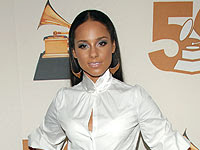 Celebrity Style: Alicia Keys' Keyhole Blouse