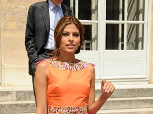 Eva Mendes wears Dior Haute Couture in Paris