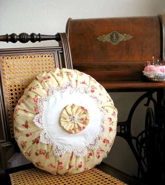 petit jardin de roses mai 2010. Black Bedroom Furniture Sets. Home Design Ideas