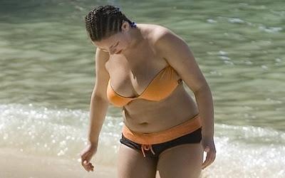 charlotte-church-bikini-orange.jpg