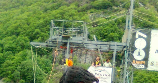 Shades Of Life 007 Bungee Jump Verzasca Switzerland