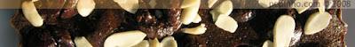 Clafoutis de cerezas con chocolate (y almendra)