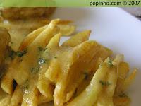 Pollo a la mostaza (patatas fritas)