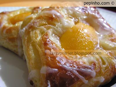 Pastas danesas de melocotón
